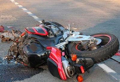 """Момент смертельного ДТП с авто и байкером, уходившим от преследования полиции <span class=""""color_red"""">- ВИДЕО</span>"""