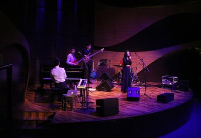 "Прекрасный вечер джаза на сцене Международного центра мугама <span class=""color_red"">- ФОТО</span>"