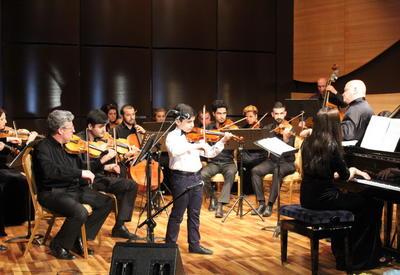 """В Центре мугама состоялся интересный концерт юных дарований <span class=""""color_red"""">- ФОТО</span>"""