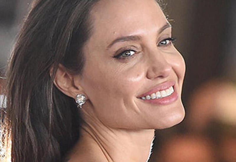 Анджелина Джоли представила свой новый фильм