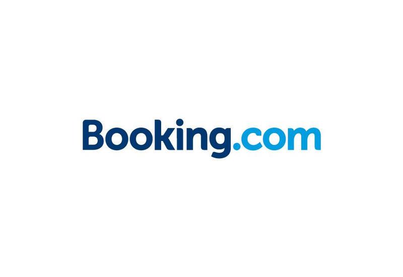 Booking.com уволит несколько тысяч сотрудников из-за пандемии