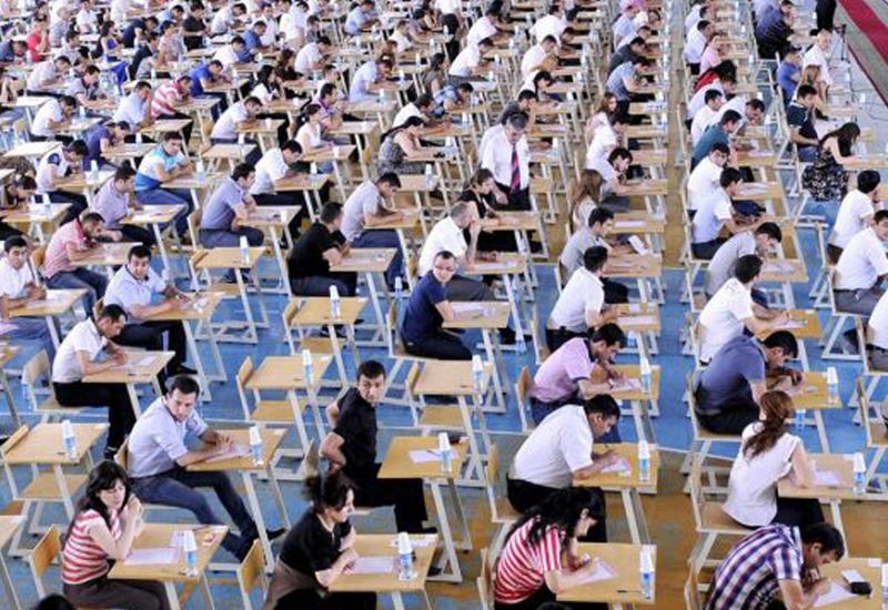 В Азербайджане изменится форма выпускных и вступительных экзаменов