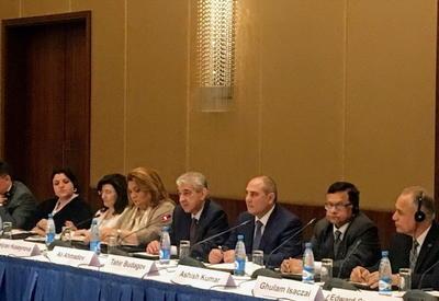 "Али Ахмедов: За 10 лет в Азербайджане созданы 1,6 млн рабочих мест <span class=""color_red"">- ФОТО</span>"