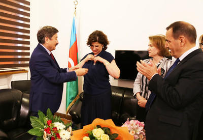 Директор Переводческого центра Азербайджана удостоена медали ТЮРКСОЙ