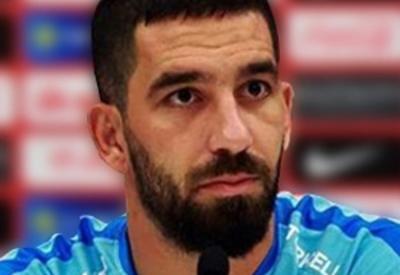 Арда Туран прокомментировал свой уход из сборной Турции