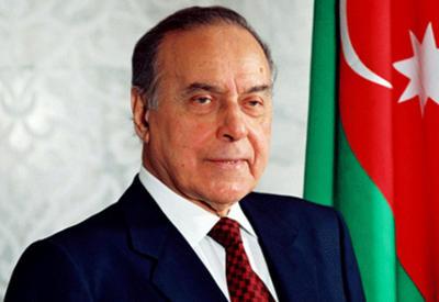 Сегодня - четырнадцать лет со дня смерти Общенационального лидера Гейдара Алиева