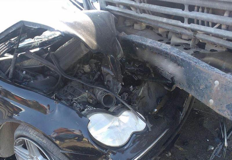 В жутком ДТП в Загатале пострадали 4 члена одной семьи