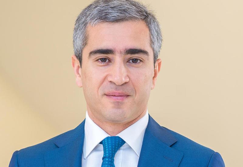 Анар Алакбаров назначен помощником Президента Азербайджана