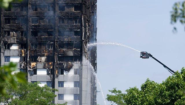 Число погибших пожара в английской многоэтажке возросло до 80 человек