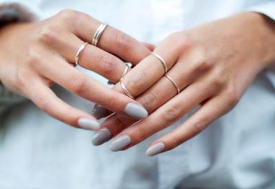 4 причины, почему ломаются ногти летом и что с этим делать