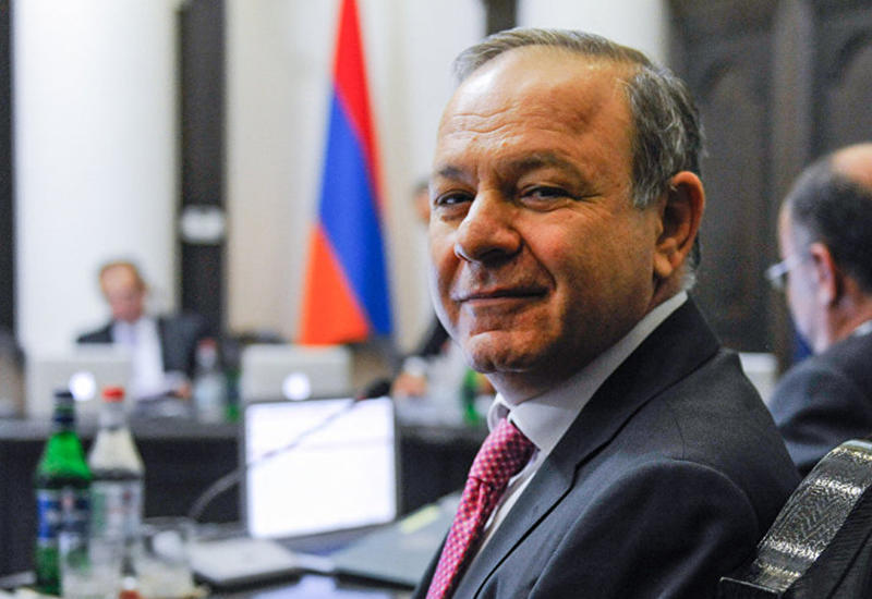 На армянского министра наехали за правду