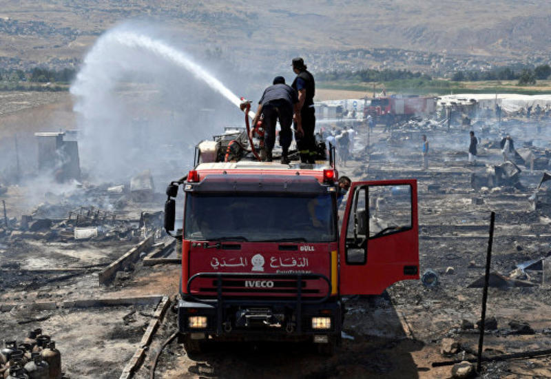 В Ливане загорелся лагерь сирийских беженцев, погибла девочка