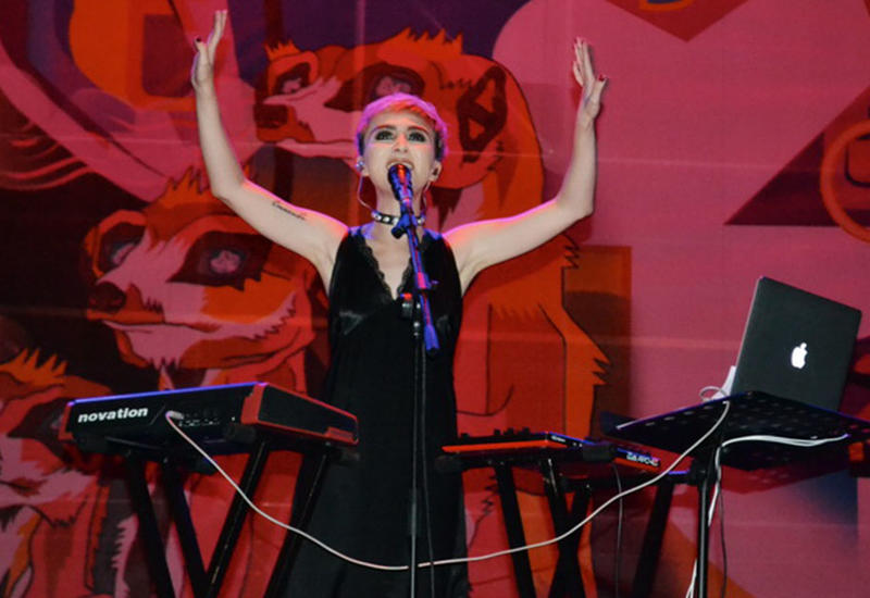 """В Баку состоялся сольный концерт Dihaj и презентация дебютного альбома T.E.O.S. <span class=""""color_red"""">- ФОТО</span>"""