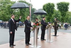 Президент Ильхам Алиев посетил памятник «Свободы» в Риге - ФОТО