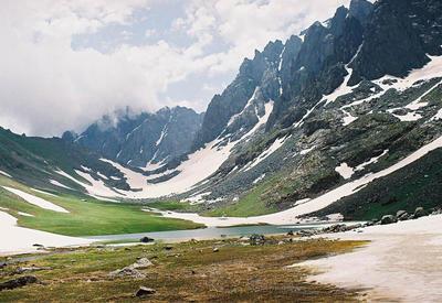 EU Reporter рассказал о возрождении древнего Шелкового пути в Азербайджане