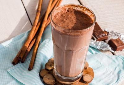 Шоколадный милкшейк с мороженым - Пошаговый рецепт