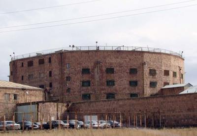 В Армении заключенных подвергают голодной смерти