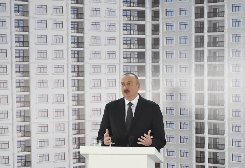 Президент Ильхам Алиев: Свобода слова, свобода печати в Азербайджане не позволят, чтобы чиновники допускали какие-либо недочеты