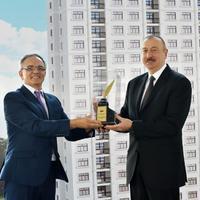 """Президенту Ильхаму Алиеву вручена награда """"Друг журналистов"""""""