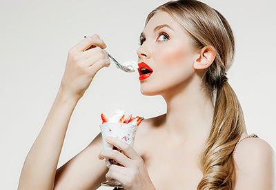 """5 продуктов, которые нельзя есть на голодный желудок <span class=""""color_red"""">- ФОТО</span>"""
