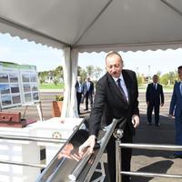 """Президент Ильхам Алиев принял участие в открытии солнечной электростанции и заложил фундамент ферм по разведению рыбы в Пираллахинском районе <span class=""""color_red"""">- ФОТО</span>"""