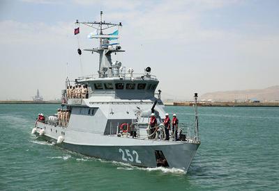 """Военные корабли Ирана и Казахстана прибыли в Баку <span class=""""color_red"""">- ФОТО</span>"""