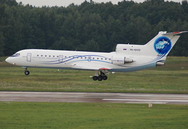 Пассажирский Ан-148 вынужденно сел в Саратове