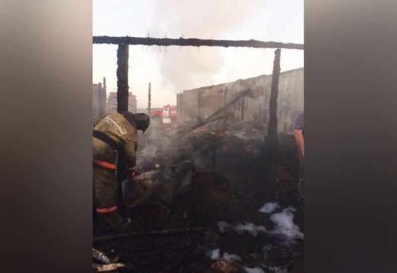 Во время сильного пожара в России заживо сгорела азербайджанская семья