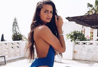 """Звезда Instagram показала, что скрывается за идеальными фото на пляже <span class=""""color_red"""">- ФОТО</span>"""