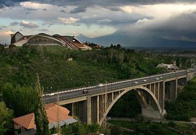 Назван самый популярный у самоубийц мост Еревана