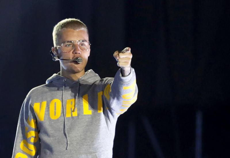 Джастин Бибер неожиданно прервал мировое турне