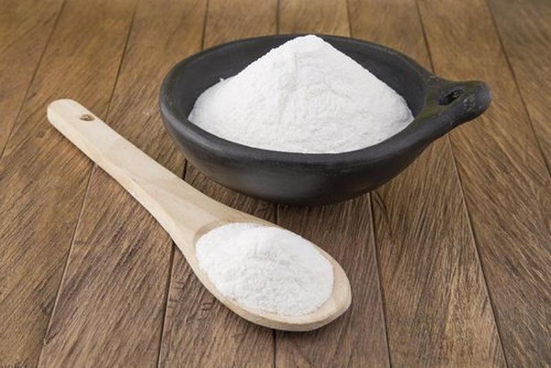 Сода и зубной налет