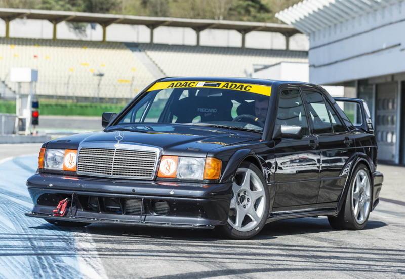 """В Mercedes-Benz заново построили старинный гоночный седан <span class=""""color_red"""">- ФОТО</span>"""