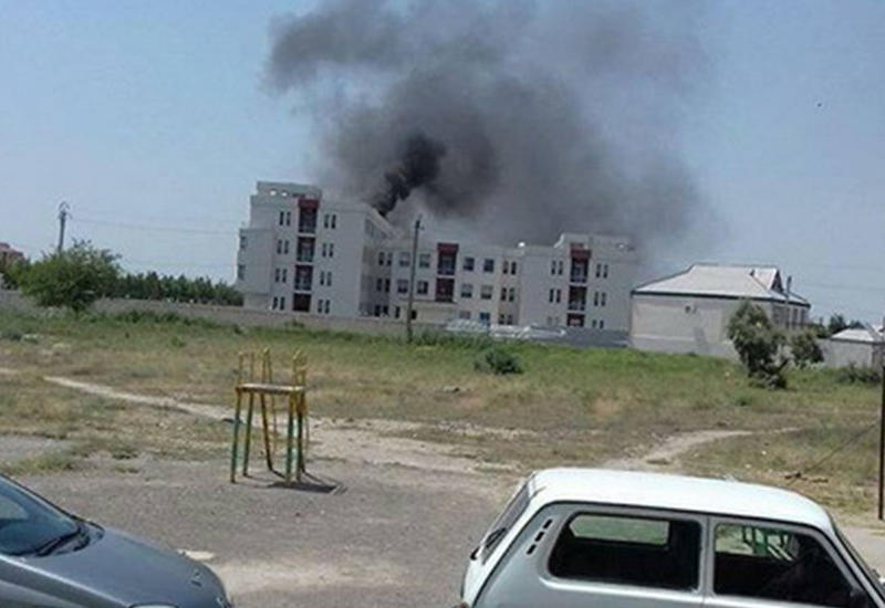 """В Евлахе в больнице начался сильный пожар <span class=""""color_red"""">- ФОТО</span>"""