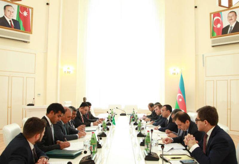 """Азербайджан и Пакистан намерены создавать совместные предприятия <span class=""""color_red"""">- ФОТО</span>"""