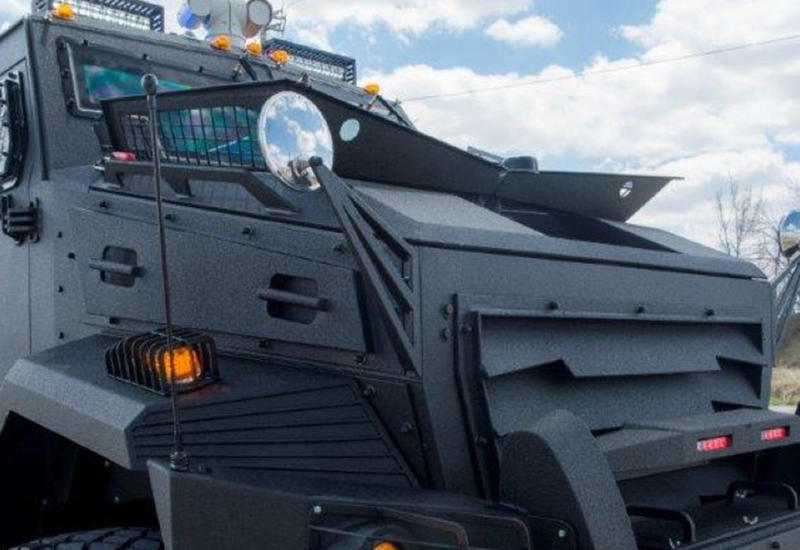 Армянство в шоке - Канада решила продавать Азербайджану бронемашины