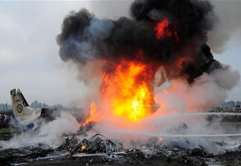 В Казахстане рухнул самолет, есть погибшие