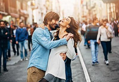 """10 простых способов влюбить в себя мужчину <span class=""""color_red"""">- ФОТО</span>"""