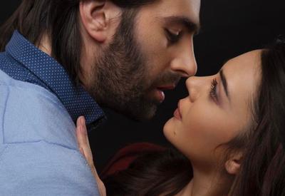 """Стало известно, когда покажут """"Поцелуй ангела"""" в бакинских кинотеатрах <span class=""""color_red"""">- ВИДЕО - ФОТО</span>"""