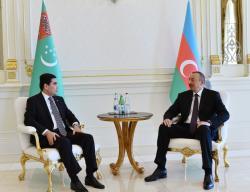 Состоялась встреча Президентов Азербайджана и Туркменистана один на один