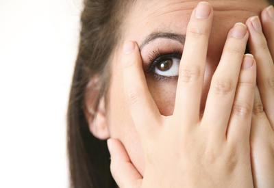 Как быстро убрать темные круги под глазами