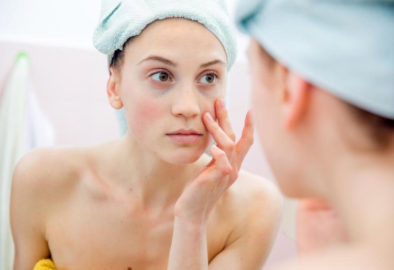 5 ежедневных привычек, из-за которых кожа стареет быстрее