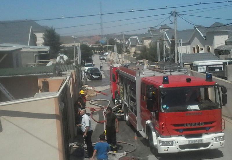 В Хырдалане произошел пожар в частном доме