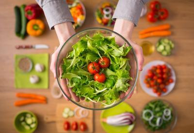 """Полезные летние блюда, которые легко приготовить <span class=""""color_red"""">- ФОТО</span>"""