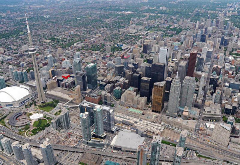 На телевизионной башне в Торонто произошел пожар