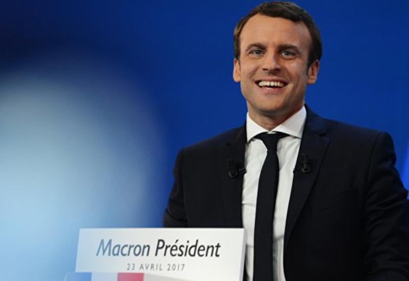 Французский фотограф отверг обвинения Макрона в слежке