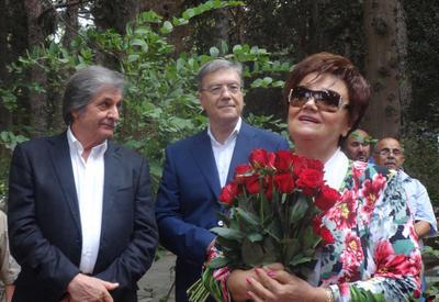 Тамара Синявская: Талант Муслима Магомаева - многогранный, с какой стороны на него не посмотреть - он первый