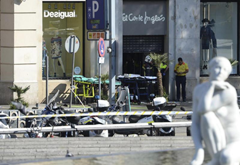 """Полиция опровергла данные о вооруженных людях в ресторане в Барселоне <span class=""""color_red"""">- ОБНОВЛЕНО - ВИДЕО</span>"""