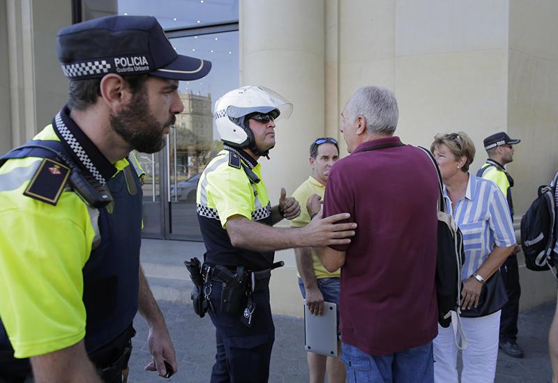 """В Барселоне задержали одного из подозреваемых в теракте <span class=""""color_red"""">- ОБНОВЛЕНО </span>"""