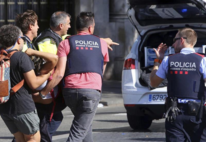 """Установлена личность водителя фургона, наехавшего на толпу в Барселоне <span class=""""color_red"""">- ОБНОВЛЕНО - ФОТО</span>"""